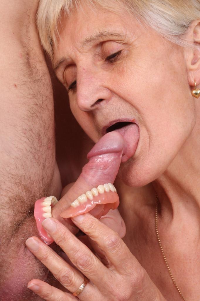 Granny Irene Webcam Show