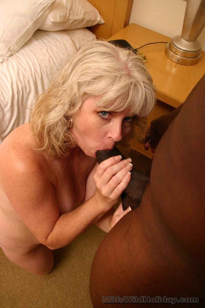 Stacey MILF Pussy Spreading